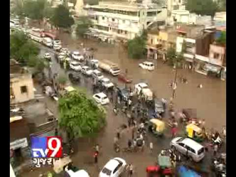 Heavy Rain Lashed Many Parts of Gujarat
